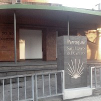 Proy. (colaboración) & Dir. Ejec. Obra. Apertura de huecos y creación de marquesina en Parroquia de San Lázaro en Oviedo. 2013